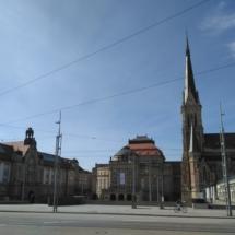 Ein Traum in Himmelbalu-Weiß - das Zentrum der westsächsischen Metropole gibt sich weltoffen aufgeräumt