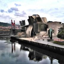 Das Guggenheim Museum - Bilbos neueste Prunkjuwele - ein Blickfang sondergleichen.